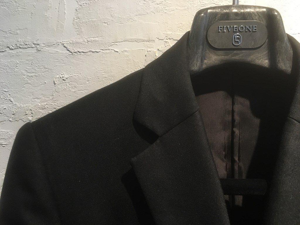 リクルート ブラックスーツ